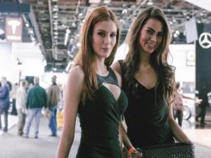 Промо-модели на выставку автомобильной компании